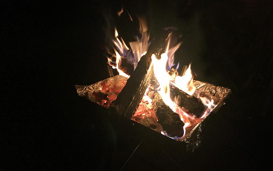 キャンプファイアーの写真