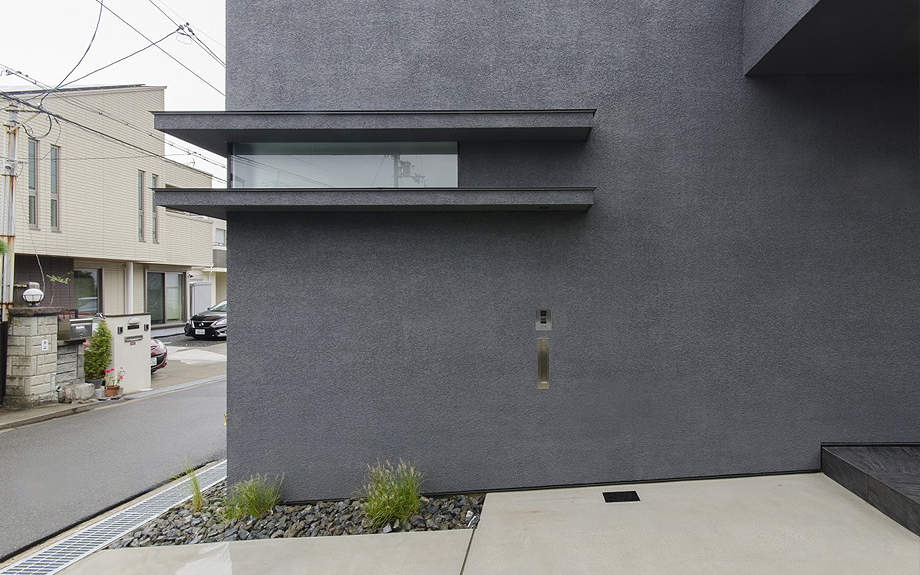 高槻の中庭型住宅 外観写真
