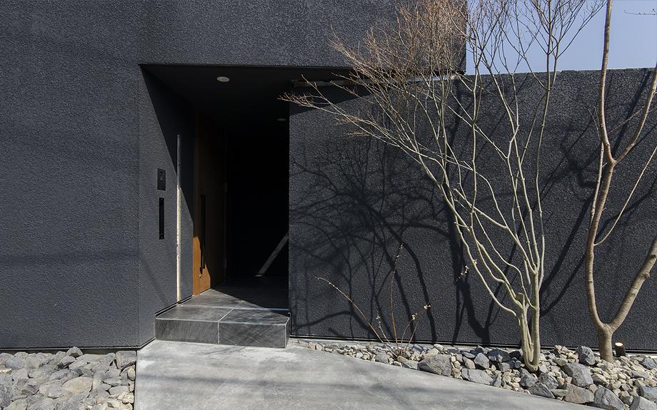 八尾の中庭型住宅 外観写真