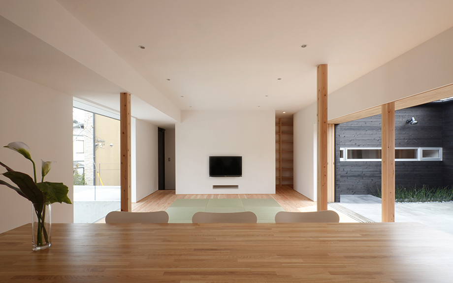 奈良県奈良市にある中庭のある平屋住宅、内観実例