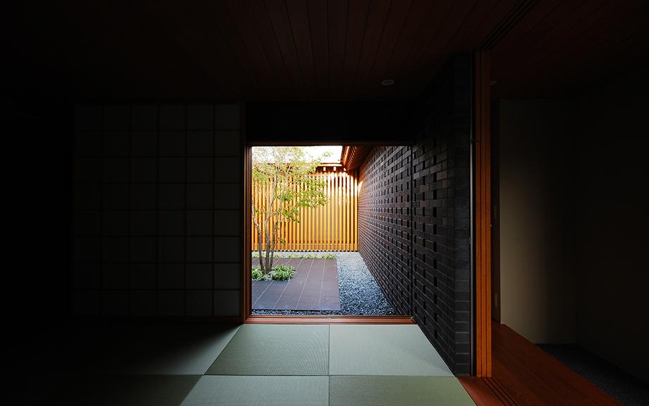 大阪府和泉市にある中庭の家、内観実例