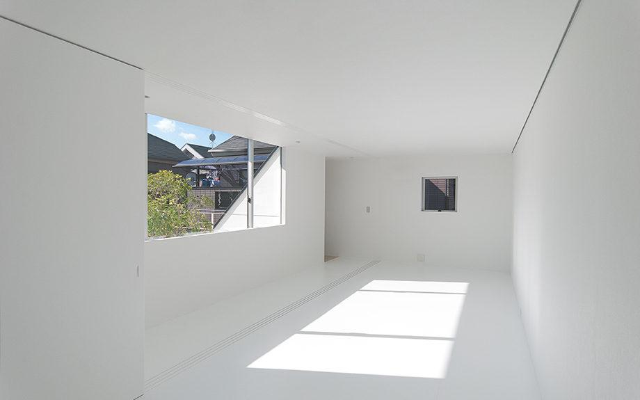 大阪府池田市にある中庭のある家、子供部屋の内観実例写真