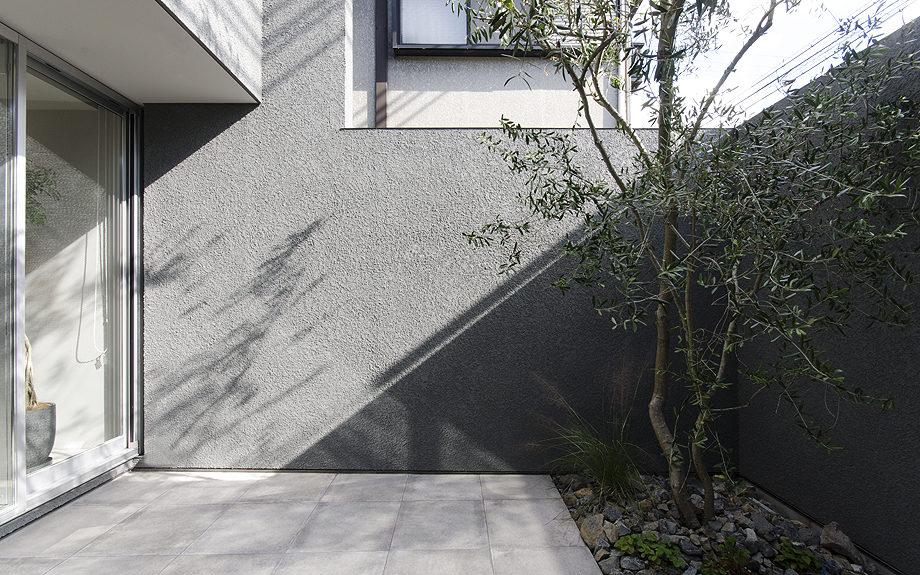 神戸市東灘区御影に建つ注文住宅、中庭のある住まい、中庭の写真