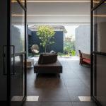 大阪府堺市にあるコートハウス ,中庭のある住宅 の 内観実例写真