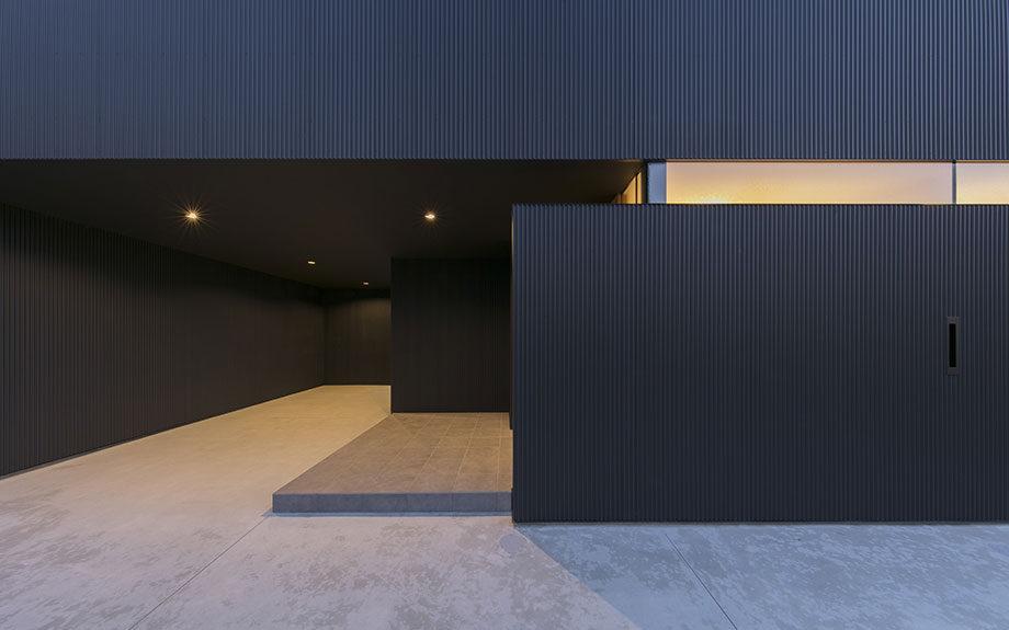 徳島市の眺望の良い住まい、外観、玄関周辺