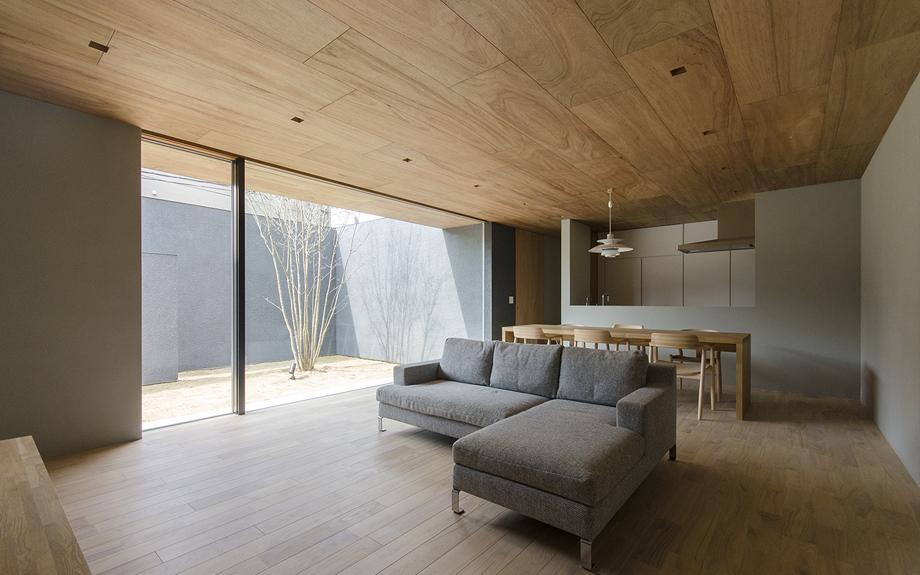 阿倍野の中庭型住宅 内観写真