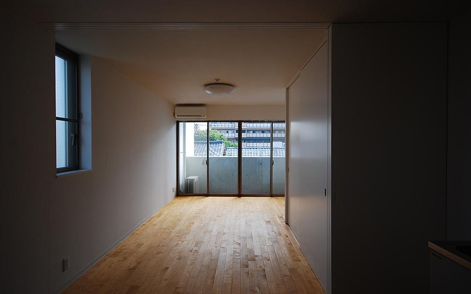 兵庫県尼崎市に建つ医院併用デザイナーズ賃貸マンションの内観写真